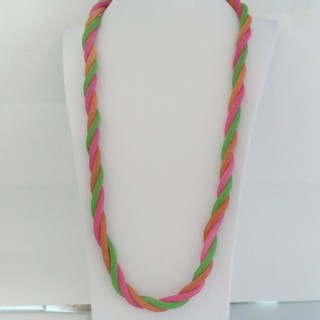 22645-05 LONG METAL CHAIN TWISTED NECKLACE