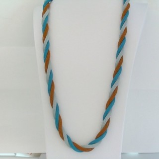 22645-06 LONG METAL CHAIN TWISTED NECKLACE