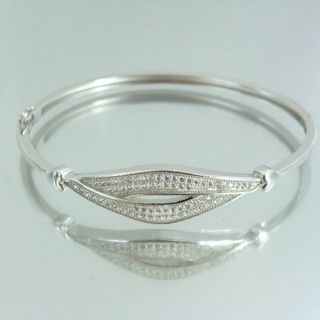 23109 RHODIUM PLATED SILVER BANGLE WITH CUBIC ZIRCONIA