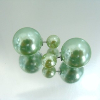 23268-07 PLASTIC PEARLS DOUBLE BALL FASHION EARRINGS
