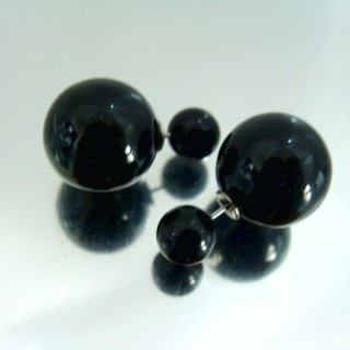 23268-08 PLASTIC PEARLS DOUBLE BALL FASHION EARRINGS
