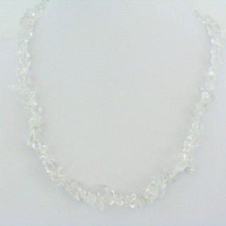 22649-02 STONE CHIP SHORT NECKLACE WHITE QUARTZ
