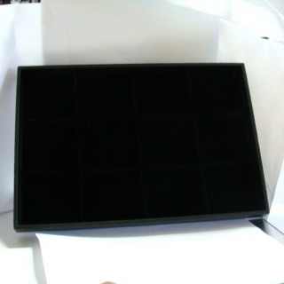 18225-03 VELVET TRAY WITH 12 SEPARATIONS 24 X 35 CM
