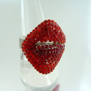 24579-223 ADJUSTABLE FASHION JEWELRY RING WITH GLASS