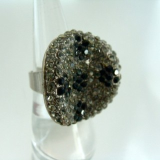 24579-266 ADJUSTABLE FASHION JEWELRY RING WITH GLASS