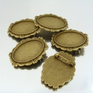 22728 PACK 5 BASES FOR BROOCHES INTERIOR: 20 X 30 MM