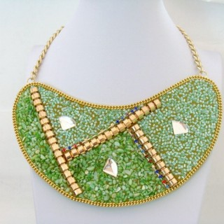 25117-02 BIB NECKLACE MADE WITH VARIOUS EMBELLISHMENTS
