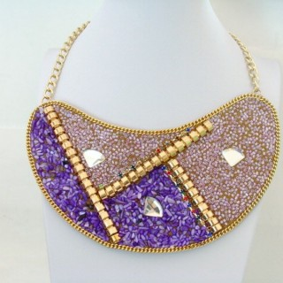 25117-03 BIB NECKLACE MADE WITH VARIOUS EMBELLISHMENTS