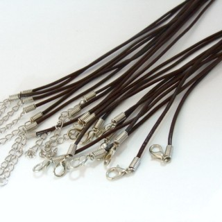 30428-02 PACK 10 BROWN LEATHER CORDS 2 MM X 45 + 5 CM