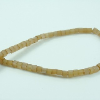 25047-30 STRING OF 100 BEADS OF SQUARE 3 MM CAT'S EYE STONES