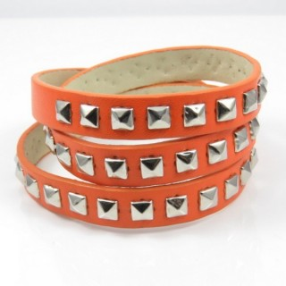26122-03 SYNTHETIC LEATHER BRACELET WITH METAL RIVETS