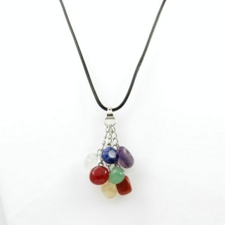 30665-01 SHORT FASHION JEWELRY NECKLACE WITH 7 CHAKRA STONES