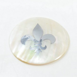 29169-29 ROUND 50 MM SHELL PENDANT WITH FLEUR DE LIS