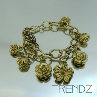 17912-30 FASHION CHARM BRACELETS IN METAL & PLASTIC