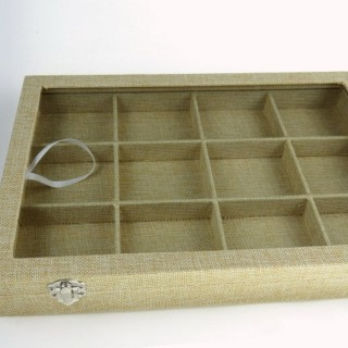 30693 12 SEPARATIONS DISPLAY 35 X 24 CM TRAY WITH GLASS COVER