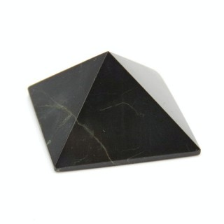 32257-09 OBSIDIAN NATURAL STONE PYRAMID WITH 2 TO 3 CM BASE