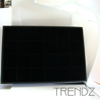 23362 VELVET TRAY WITH 24 SEPARATIONS 24 X 35 CM