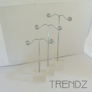 21911 SET OF 3 EARRING DISPLAYS 9, 11 & 13 CM HEIGHT