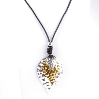 33112-09 LONG LEATHER NECKLACE WITH BIG METAL PENDANT
