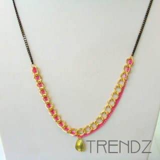19526-09 LONG GOLDEN NECKLACE WITH VARIOUS CHAINS