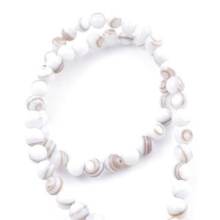 41555-05 STRING OF 62 BEADS OF MOTHER OF PEARL IN 6 MM
