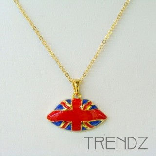 19453 SHORT GOLDEN NECKLACE WITH UNION JACK MOTIF