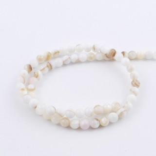 42075 STRING OF 70 MOTHER OF PEARL BEADS IN 6 MM