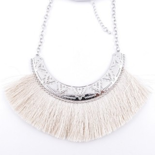 36239-18 FASHION JEWELRY METAL NECKLACE WITH TASSEL