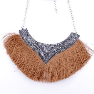 36239-22 FASHION JEWELRY METAL NECKLACE WITH TASSEL