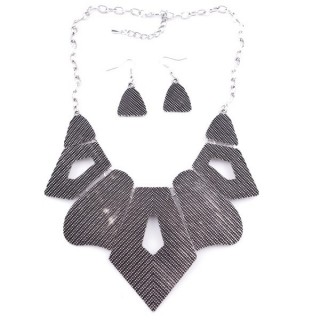 36260-03 METAL FASHION JEWELRY NECKLACE WITH OR WITHOUT EARRINGS