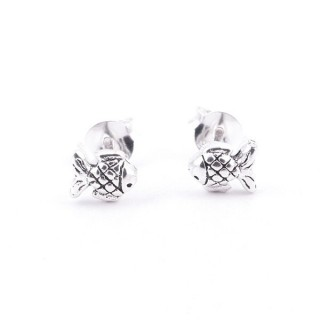 55110 FISH SHAPED STERLING SILVER 5 X 6 MM EARRINGS