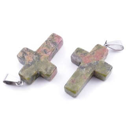 33742-16 PACK OF 2 CROSS SHAPED 25 X 18 MM STONE PENDANTS IN UNAKITE