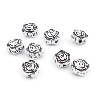 37136 PACK OF 8 FLOWER SHAPED SILVER 7 MM BEADS