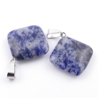 37553-16 PACK OF 2 RHOMBUS SHAPED 20 MM STONE PENDANTS IN SODALITE
