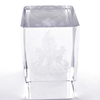 37562-11 CRYSTAL 8 X 5 X 5 CM FIGURE WITH LASER CARVED SYMBOL OF QUAN YIN