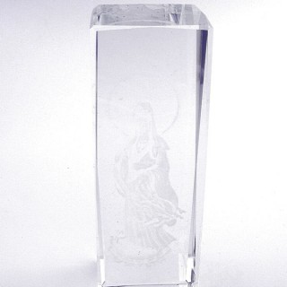 37563 CRYSTAL 15 X 5 X 5 CM FIGURE WITH LASER CARVED SYMBOL OF QUAN YIN