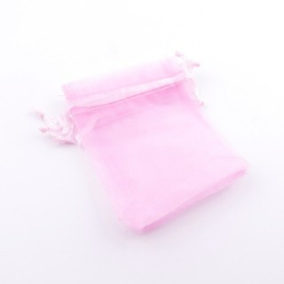 37384-04 PACK OF 100 ORGANZA GIFT BAGS. SIZE: 7 X 9 CM