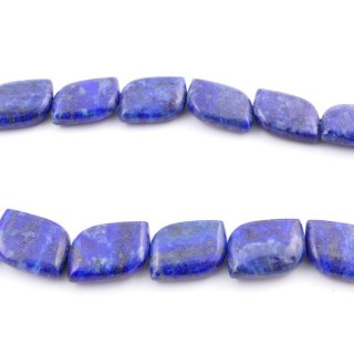 42130 40 CM STRING OF 15 X 20 MM DYED LAPIS LAZULI STONE BEADS