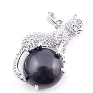 38111-04 PANTHER SHAPED METAL 34 X 21 MM PENDANT WITH STONE IN ONYX