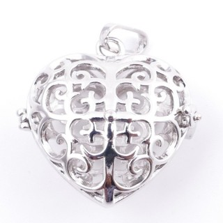 38235-03 FASHION JEWELRY METAL 27 MM HEART SHAPED LOCKET