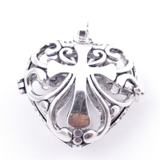 38235-05 FASHION JEWELRY METAL 27 MM HEART SHAPED LOCKET