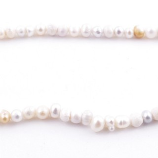 36109 34 CM LONG STRING OF 3-4 MM FRESHWATER PEARLS