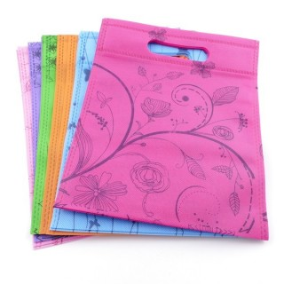 38344-02 PACK OF 12 NON WOVEN 20 X 25 CM PRINTED BAGS IN ASSORTED COLOURS