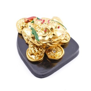 38285 RESIN FENG SHUI FROG WITH WOODEN BASE 4 X 7 X 8 CM