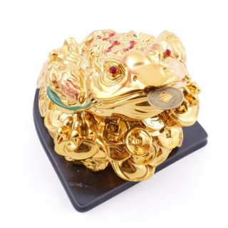 38287 RESIN FENG SHUI FROG WITH WOODEN BASE 9 X 10 X 11 CM