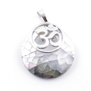 38515-65 MOTHER OF PEARL STONE 28 MM AND OM PENDANT