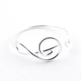 52132-19 STERLING SILVER 7 MM WIDE RING SIZE 19
