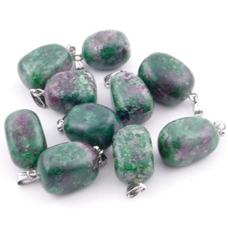 38736-31 PACK OF 10 TUMBLESTONE 10-20 MM PENDANTS IN RUBY IN FUCHSITE