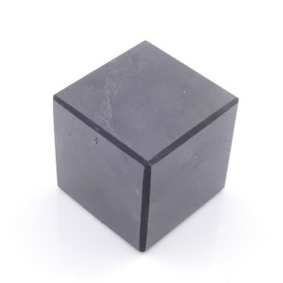 48030 POLISHED 4 CM CUBE IN SHUNGITE STONE FROM RUSSIA