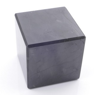 48032 POLISHED 6 CM CUBE IN SHUNGITE STONE FROM RUSSIA
